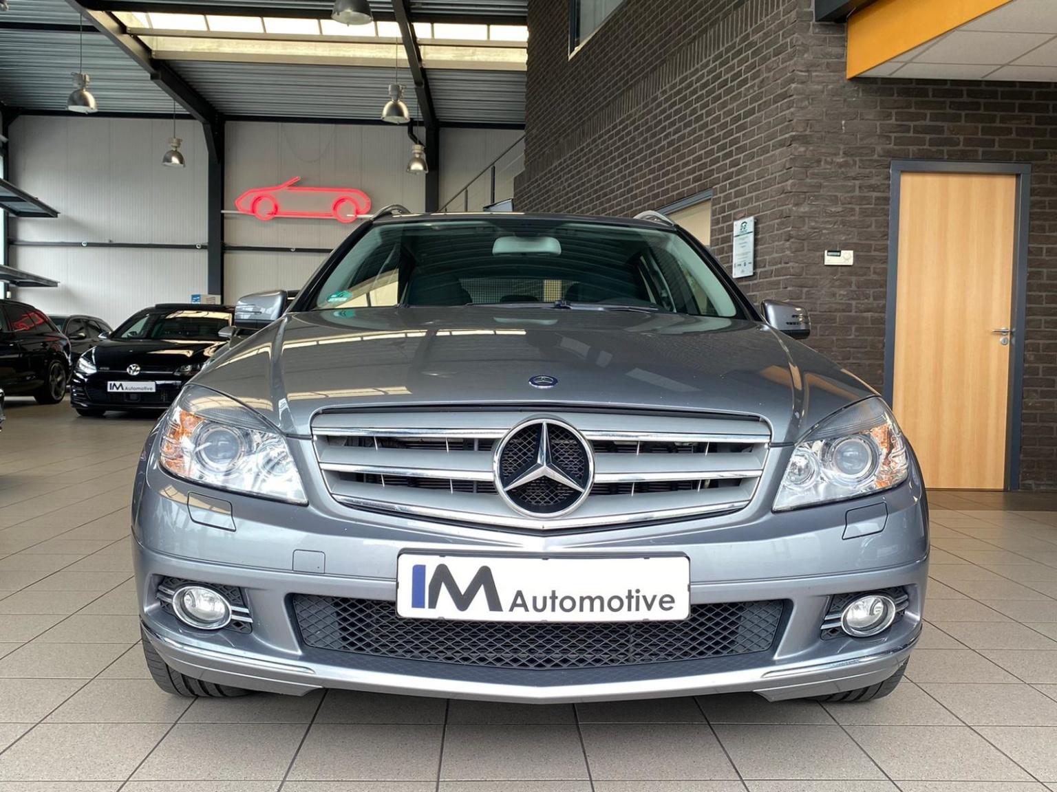 Mercedes-Benz-C-Klasse-1