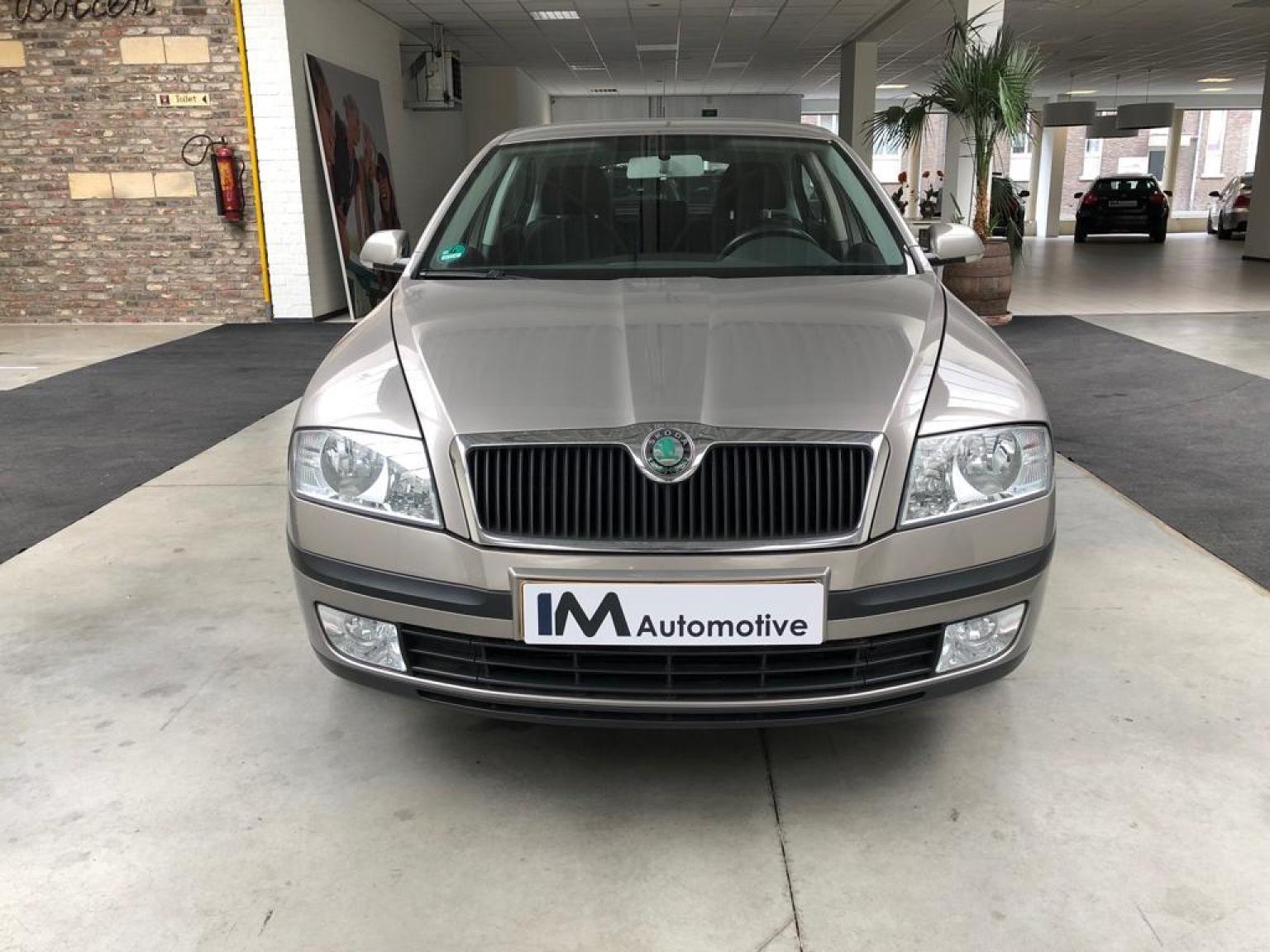 Škoda-Octavia-1