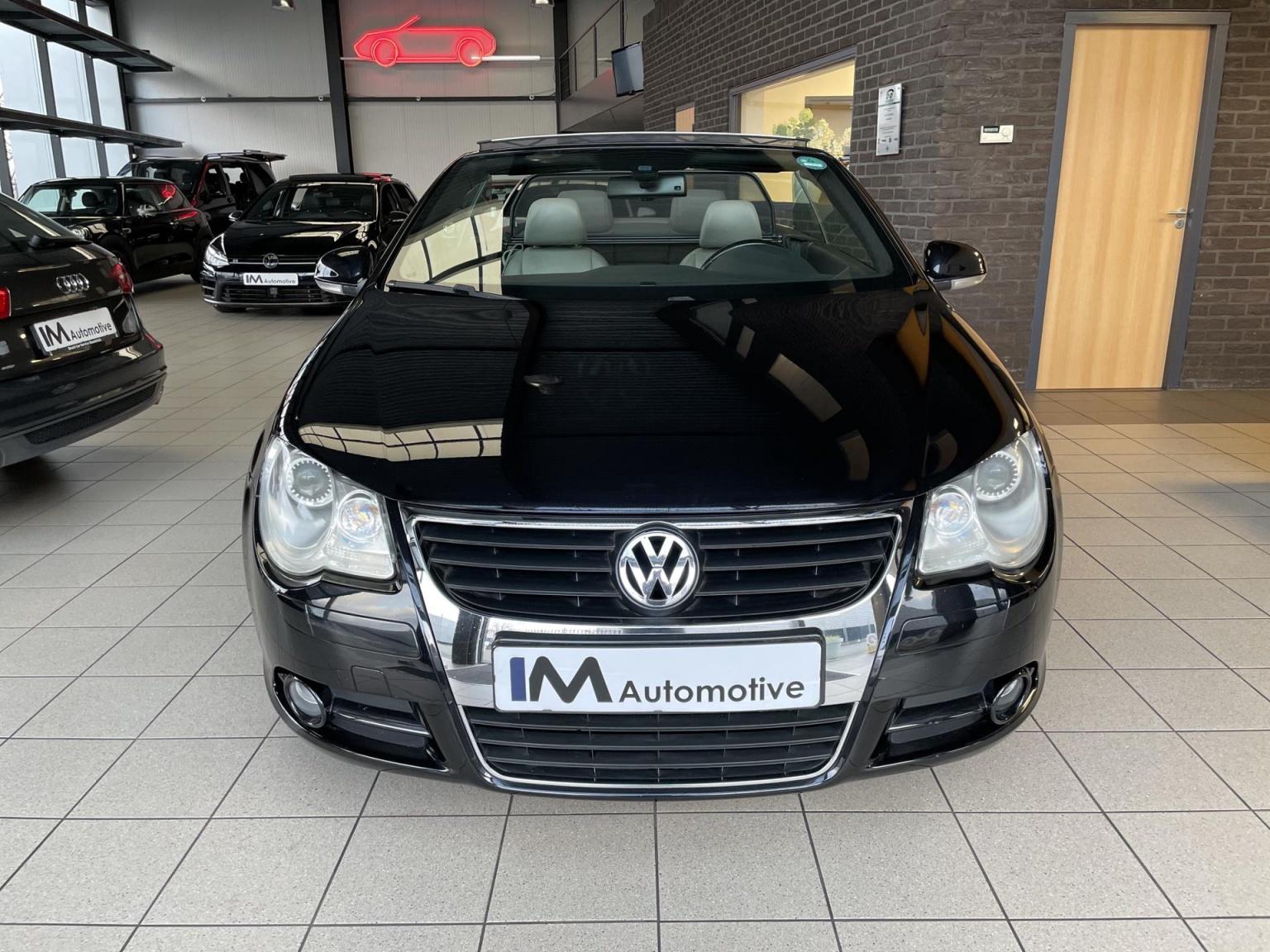 Volkswagen-Eos-1