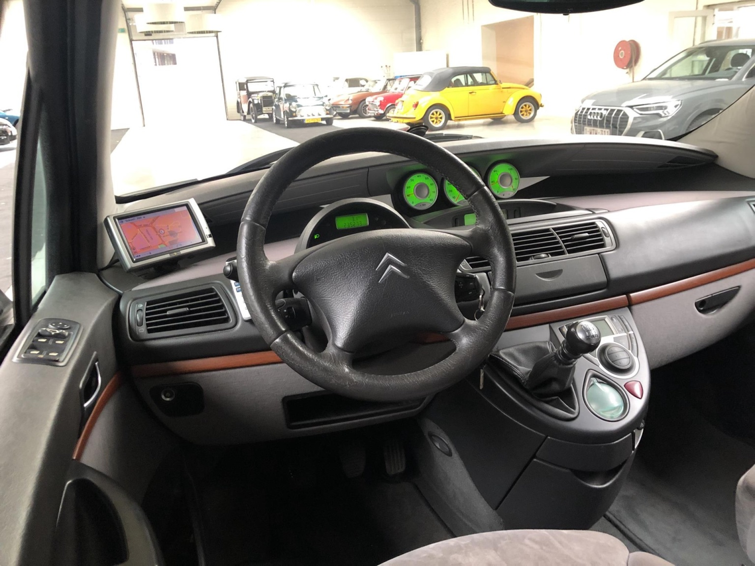 Citroën-C8-11