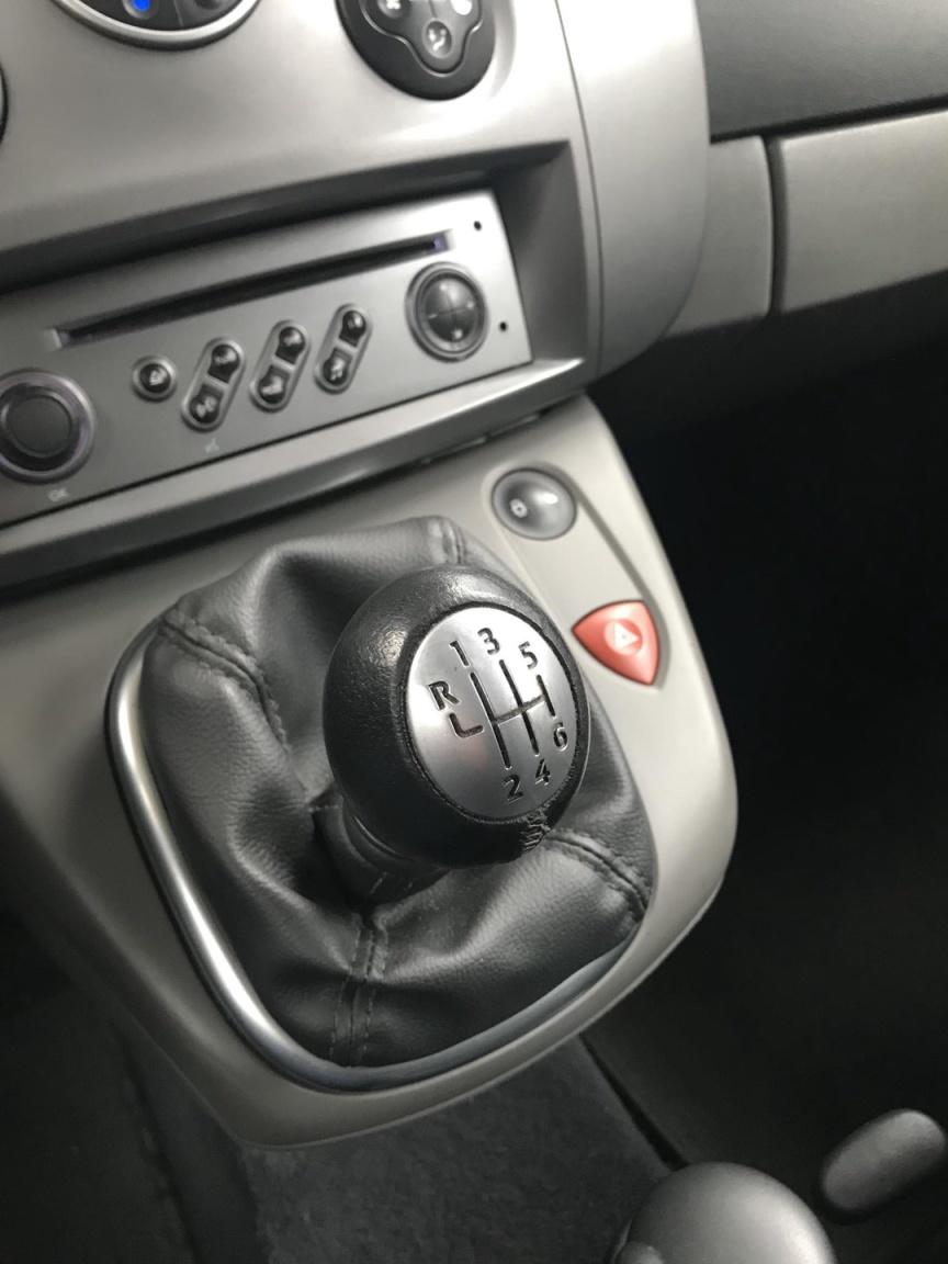 Renault-Scénic-21