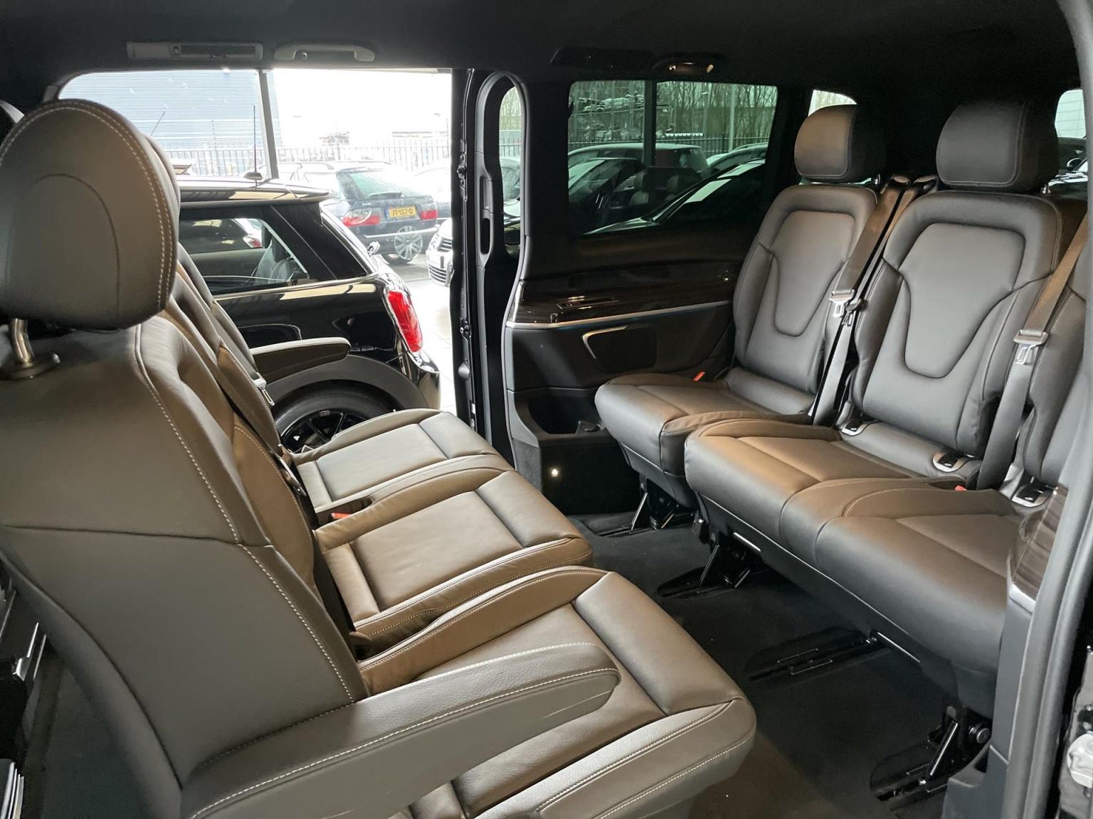 Mercedes-Benz-V-Klasse-7